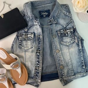 Denim jacket vest size medium